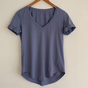 lululemon Love Tee V-Neck Tee Shirt Blue Sz6
